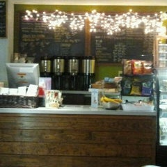 Photo taken at Inman Perk Coffee by The Joy Writer J. on 1/3/2012