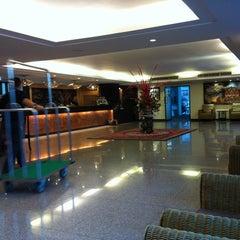 Photo taken at Royal Panerai Hotel by Puvanai D. on 1/15/2011