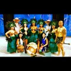 Photo taken at Nautilus Amphitheater at SeaWorld by Napua on 4/19/2012