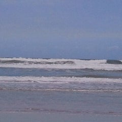Photo taken at Wilbur-by-the-Sea Beach by John on 2/21/2012
