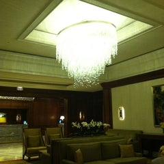 Photo taken at The Ritz-Carlton, Tysons Corner by Jordana S. on 7/3/2012
