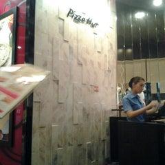Photo taken at KFC & Pizza Hut Subang 2 by Jelita J. on 8/1/2012