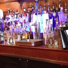 Photo taken at Yo Mama's Bar & Grill by Christopher H. on 4/28/2012