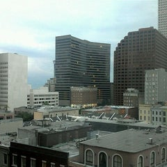 Photo taken at DoubleTree by Hilton Hotel New Orleans by Luis H A. on 4/21/2012