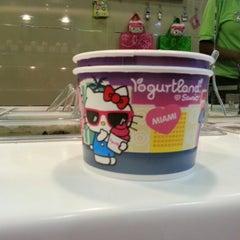 Photo taken at Yogurtland by Michael G. on 7/29/2012