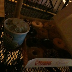 Photo taken at Dunkin Donuts by Maria J. on 5/10/2012