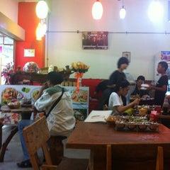 Photo taken at สถานี เรืออีสาน by Kalingping N. on 6/3/2012