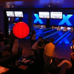 Photo taken at Lucky Strike by Jin R. on 5/22/2012