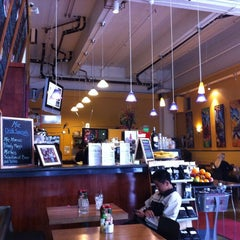 Photo taken at Mo'z Cafe by Valentin R. on 6/6/2011