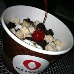 Photo taken at Red Mango by Sioux Falls DJ | J. on 7/14/2012