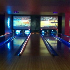 Photo taken at Lucky Strike Houston by Dee H. on 3/11/2012