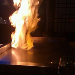 Photo taken at UMI Japanese Steakhouse & Sushi Bar by Arthur C. on 10/28/2011