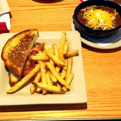 Photo taken at Chili's Grill & Bar by Brian H. on 8/24/2012
