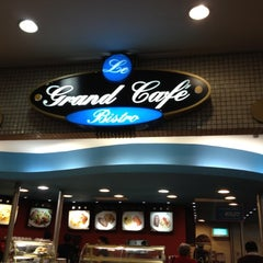 Photo taken at Le Grand Café by JOAO BATISTA C. on 6/11/2012