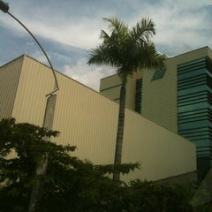 Photo taken at Servientrega Principal Medellin by Jaime L. on 1/17/2012