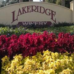 Photo taken at Lakeridge Winery & Vineyards by Kerri R. on 12/9/2011