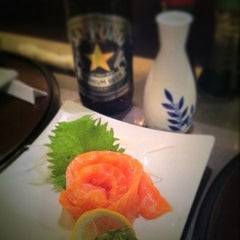Photo taken at Hana Japanese Eatery by Fermin G. on 6/16/2011