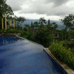 Photo taken at Klub Bunga Butik & Resort by harry on 1/6/2012