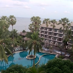 Photo taken at Pattawia Resort and Spa by Rockaom M. on 10/8/2011