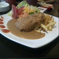 Photo taken at Panini House Tebet by feby v. on 4/21/2012