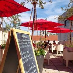 Das Foto wurde bei Café Leopold von Wolfgang P. am 8/30/2012 aufgenommen