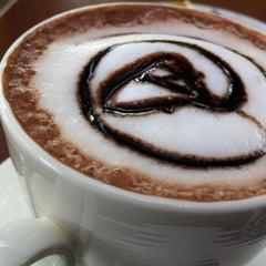 Photo taken at Coffee Next Door (กาแฟข้างบ้าน) by Patchara K. on 1/1/2012