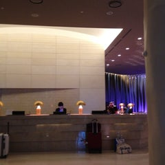 Photo taken at Mercure Ambassador Gangnam SODOWE by Ant C N. on 3/22/2012