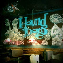 Photo taken at Hounddog's Three Degree Pizza by Christopher C. on 8/6/2011