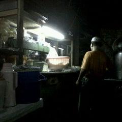 Photo taken at Nasi goreng cato by Caesna W. on 4/9/2012