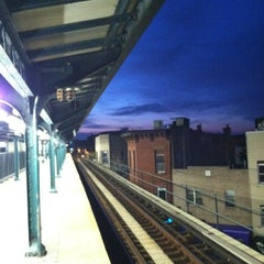 Photo taken at MTA Subway - Myrtle/Wyckoff Ave (L/M) by Kristen K. on 5/13/2012