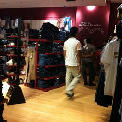 Photo taken at Levi's ® Store by MAZLiZA M. on 8/1/2012