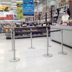 Photo taken at Office Depot by JESUS O. on 6/19/2012