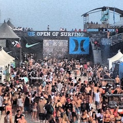 Photo taken at Vans US Open of Surfing 2013 by Norman T. on 8/4/2012