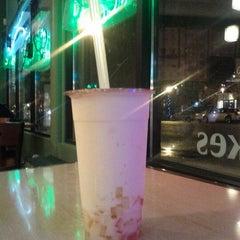Photo taken at Sencha Tea Bar by Paulino B. on 3/7/2012