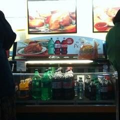 Photo taken at Boston Market by Paul S. J. on 4/8/2012