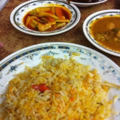 Photo taken at Restoran Ismail by Farhana A. on 12/18/2011
