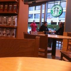 Photo taken at Starbucks by Hien H. on 2/19/2012