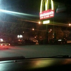 Photo taken at McDonald's by Randy T. on 11/12/2011
