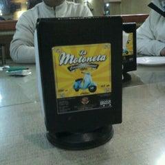 Photo taken at Restaurant La Motoneta by Octavio T. on 8/26/2011