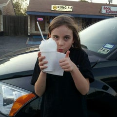 Photo taken at South Austin Sno by Shannon B. on 9/14/2011