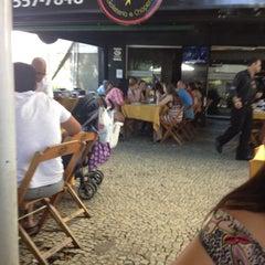 Photo taken at Galeteando by Flavio T. on 8/12/2012