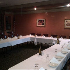 Photo taken at Antonino's Italian Restaurant by ARTHUR ALDERETE Real Estate on 2/29/2012
