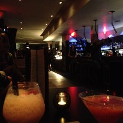 Photo taken at Custom House Bar & Grill by Andreas S. on 9/1/2012