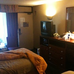 Photo taken at Comfort Inn by Dave P. on 3/13/2011
