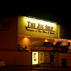 Photo taken at The Jug Shop by Gentry on 12/7/2011
