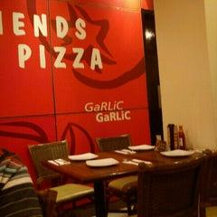 Photo taken at Pizza Hut by Ririn P. on 9/3/2011