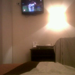 Photo taken at Charing Cross Hotel by Pascual M. on 3/28/2012