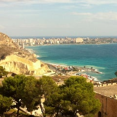 Photo taken at Alacant / Alicante by Lola B. on 2/12/2012