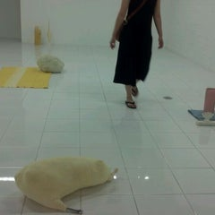 Photo taken at Mattress Factory Museum by Aaron Q. on 7/3/2012