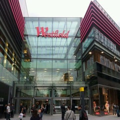Photo taken at Westfield Stratford City by Tony Y. on 9/19/2011